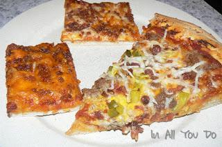 Baking Bits: Homemade Cheeseburger Pizza