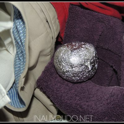 DIY Aluminum Foil Dryer Balls & Vinegar as Fabric Softener