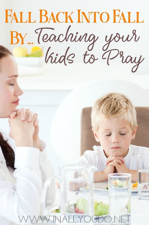 If you are wanting to teach your kids to pray then it just got a little easier with these great tips! #prayer #praying #family #homeschool #homeschooling