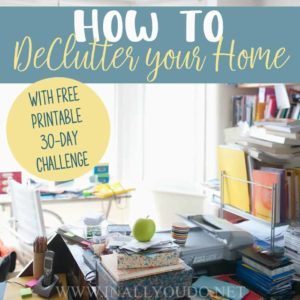 Is your house cluttered and chaotic? Do you find it hard to stay focused and concentrate with all the clutter around? Read all about my simple steps to help you declutter your home and get organized! #home #moms #homemaking #homes